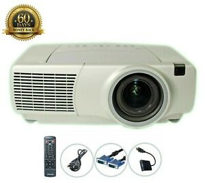 Infocus LP840 LCD Projector 3500 ANSI Wireless HD 1080i HDMI-adapter bundle