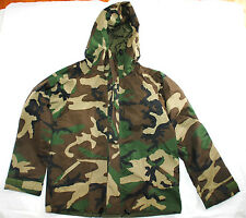 NEW US MILITARY ECWCS GORE TEX COLD WEATHER WOODLAND CAMO PARKA - MEDIUM