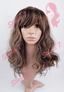 W176 Brown Mix Medium Length Wavy Wig - studio7-uk