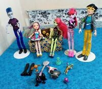 LOT OF FIVE ( 5 )  MONSTER HIGH DOLLS, 2 BOYS & THREE GIRLS, DRESSED W/SHOES/ACC