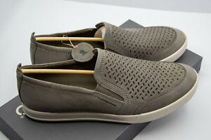 ECCO Collin 2.0 Slip On Mens Sneaker size US 10-10.5 (EUR 44) war grey Suede