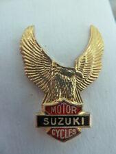 PIN'S MOTO /   SIGLE  SUZUKI    /  RARE