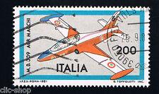 ITALIA 1 FRANCOBOLLO AEREO AERONAUTICHE ITALIANE MB 339 AERMACCHI 1981 usato