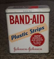 Vintage 1960s BAND-AID BRAND plastic strips Empty Tin 5624 Johnson & Johnson OLD