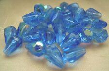 30 Böhmische  Glasperlen Tropfen AB Blau Irisierend  ca 10 x 7 mm  # 180