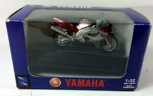 Yamaha YZF 1000R Thunderace - 1:32 Scale Model Motorcycle in original box.