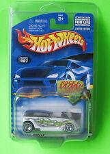 Hot Wheels Treasure Hunt Phaeton #007 Mint on 2002 Card Protecto Pack 54327