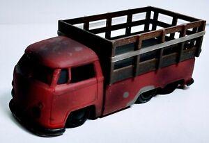 Jada 1:64 - '63 Volkswagen Custom Pickup, Junkyard Dawgs