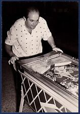 lvintage photo foto TV star Cholito A Soler at pinball machine flipper Cuba 1953