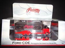 Hot Wheels Ford COE 1938 Petersen Automotive Museum Black and Red 1/64