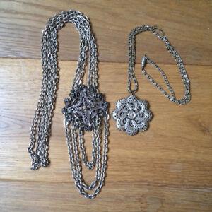 Lot 2 Necklaces, Collars Long Necklaces Metal Silver Vintage