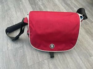CRUMPLER THREESEVENTY 370 DAILY CAMERA BAG RED GOOD CONDITION!!