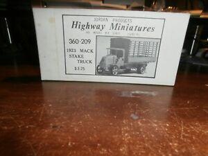 JORDAN PRODUCTS 1:87 SCALE KIT---#360-209     1923 MACK STAKE TRUCK
