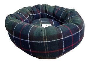 BARBOUR Small Padded Dog Bed Classic Tartan Fabric 44 cm Diameter 27 cm Centre