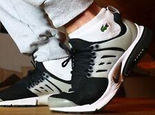 Nike Presto, EUR447US10, in Schwarz / Grau, gut und lange getragen / used