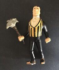 TINTIN Figurine Nestor au plumeau PLASTOY 1994 Bon état