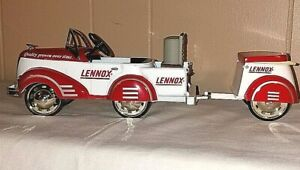 Lennox 1940 Gendron Custom Pioneer & Trailer 3rd in a Series Limited Ed. w/COA
