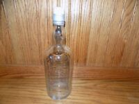 VINTAGE  BOTTLE W/ PORCELAIN TOP whiskey apothecary barber shop full quart B