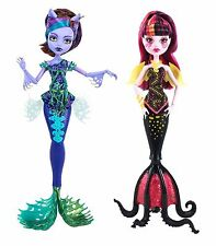 Monster High Great Scarrier Reef Clawdeen Wolf and Draculaura Dolls - Brand New