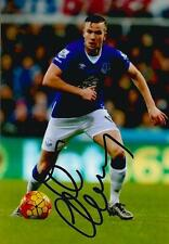 EVERTON: TOM CLEVERLEY SIGNED 6x4 ACTION PHOTO+COA