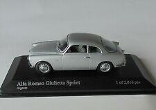 Alfa Romeo Giulietta Sprint Minichamps 1.43  Diecast Model on Plinth 400 120400