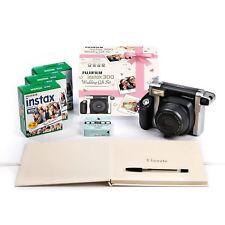 Fujifilm Instax 300 fotocamera istantanea matrimonio Fun Pack tra cui 60 colpi