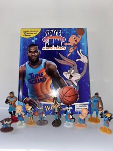 SPACE JAM 2 A NEW LEGACY BUSY BOOK - 10 FIGURES AND A PLAYMAT - UK STOCK