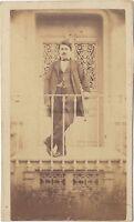 Ritratto Un Uomo Su Son Balcone CDV Vintage Albumina Ca 1860