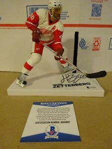 Autographed HENRIK ZETTERBERG Signed Detroit Red Wings McFarlane Figure BAS COA