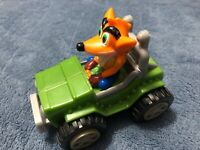 CRASH BANDICOOT 2002 UNIVERSAL INTERACTIVE MOVING PUSH CAR JEEP PLAYSTATION ICON