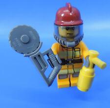 LEGO CITY / (nr.31) Figura/BOMBERO CON FLEX Y EXTINTOR