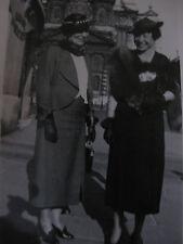 Vintage Photo 1937 Femmes élégantes costume mode snapshot