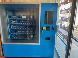 Winnsen Chilled Robotic Vending Machine salad sandwich NEW OPEN BOX VKM3-S301B