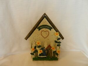 Metal 3-D Welcome Home Letter Holder With House, Flowers, Fence & Heart