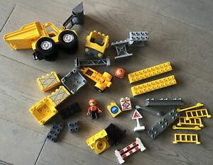 Duplo Building Site With Digger And Accesories