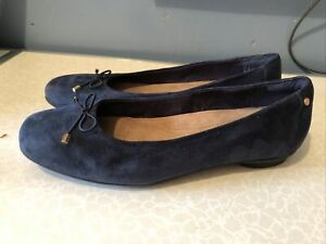 Clarks Artisan Navy Blue Suede Ladies Slip-on Shoes Size 6.5E Wide Fitting