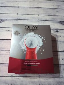 Olay Regenerist Face Cleansing Device Tool and 2 Brush Heads