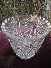 VTG ART DECO ( LAUSITZER GERMAN ?) CLEAR GLASS VASE PINEAPPLE FLOWER STAR DESIGN