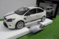 FORD  FOCUS RS 2010 blanc Le Mans au 1/18 MINICHAMPS 100080167 voiture miniature