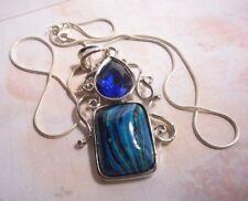 Two tone pendant, Malachite and faux Sapphire on silvertone chain.