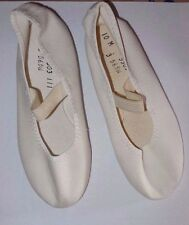 Canvas Gym Acro Dance  Shoes Child ladies white pebble sole wedding? full sole