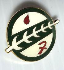 """Vintage Star Wars Boba Fett Family Crest Cloisonne Pin 1.25""""- FREE S&H (SWPI-42)"""