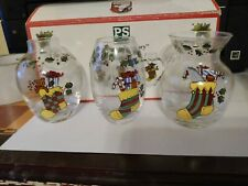 """"""" A Christmas Story"""" Susan Winget Set Of Three Mini Glass Vases In Box"""