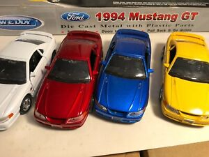 "ONE OF WELLY 1994 MUSTANG GT 1:32 DIECAST 5.25"" PULL BACK NEW NO BOX"