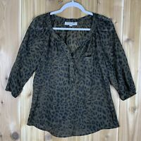 Ann Taylor Loft Womens Animal Print Size Medium Sheer Polyester 1/2 Button Top