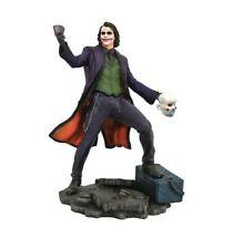 Diamond Select Dc Gallery - Figurine PVC - The Joker Assorted Dark Knight - 23cm