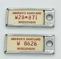 VINTAGE DISABLED AMERICAN VETS 2 MINI WISCONSIN LICENSE PLATE KEY CHAINS**