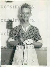 1925 South African Man Travels to Los Angeles to Get Dishwasher Job Press Photo