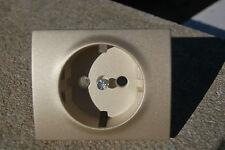 Caja de 10 tapas de color titanio Legrand serie Galea toma 2P+T lateral. 7714 20