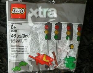 Lego Xtra City Town Accessories (40311) Street Traffic Lights Polybag NEW